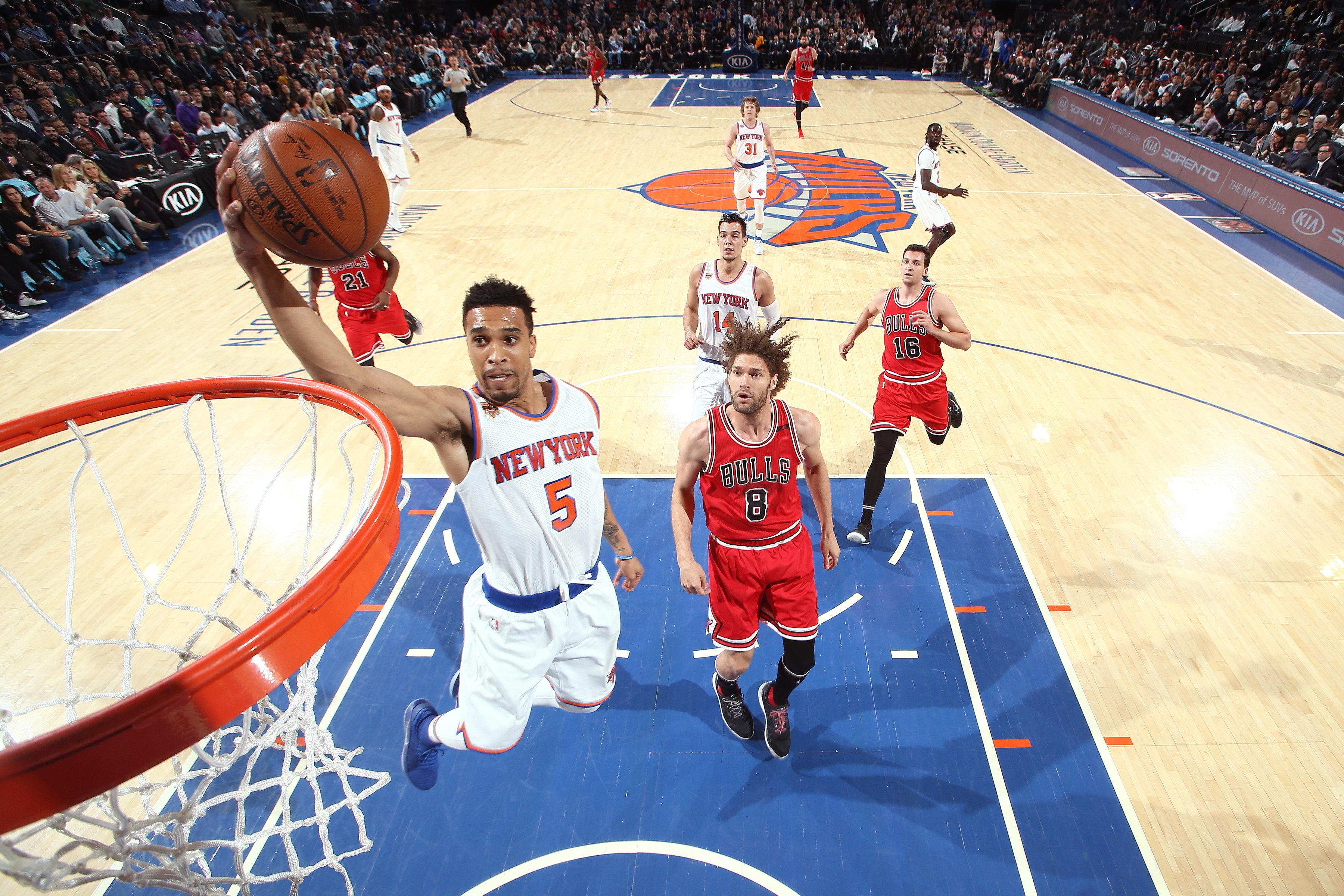Bulls overcome travel obstacles to defeat Knicks