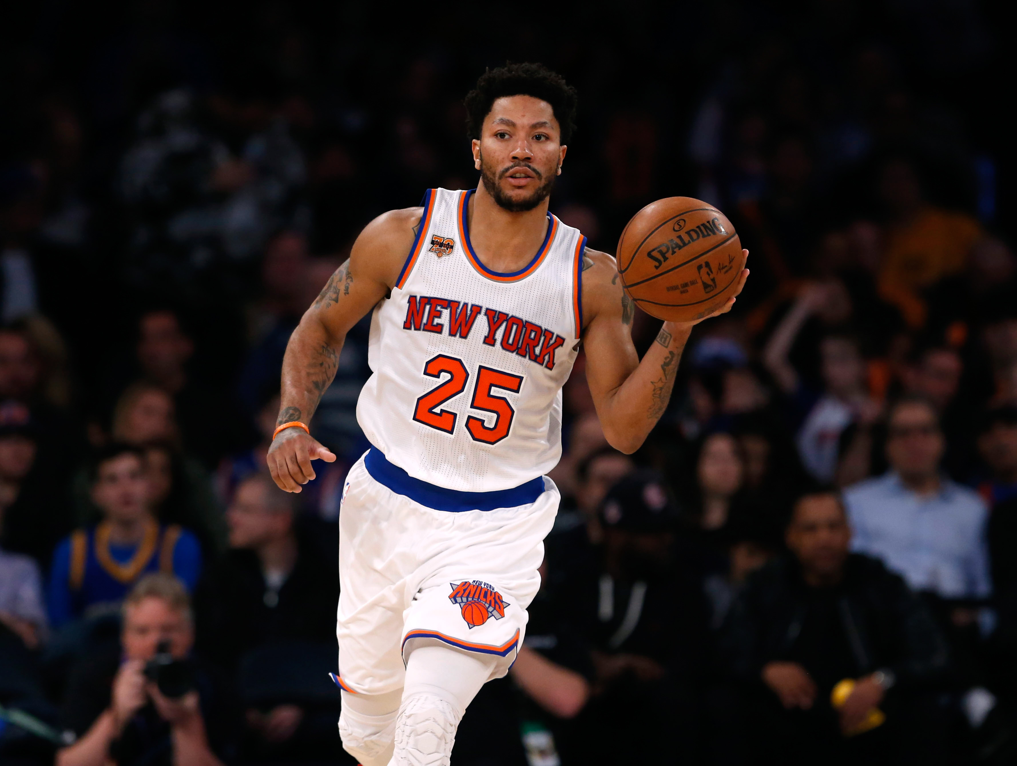 New York Knicks  Pros and Cons of potentially re-signing Derrick Rose 127655ee5